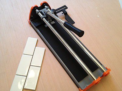 Cut Ceramic Tile With a Snap Tile Cutter